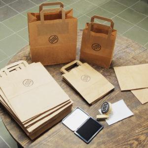 Ręcznie drukowane torebki papierowe